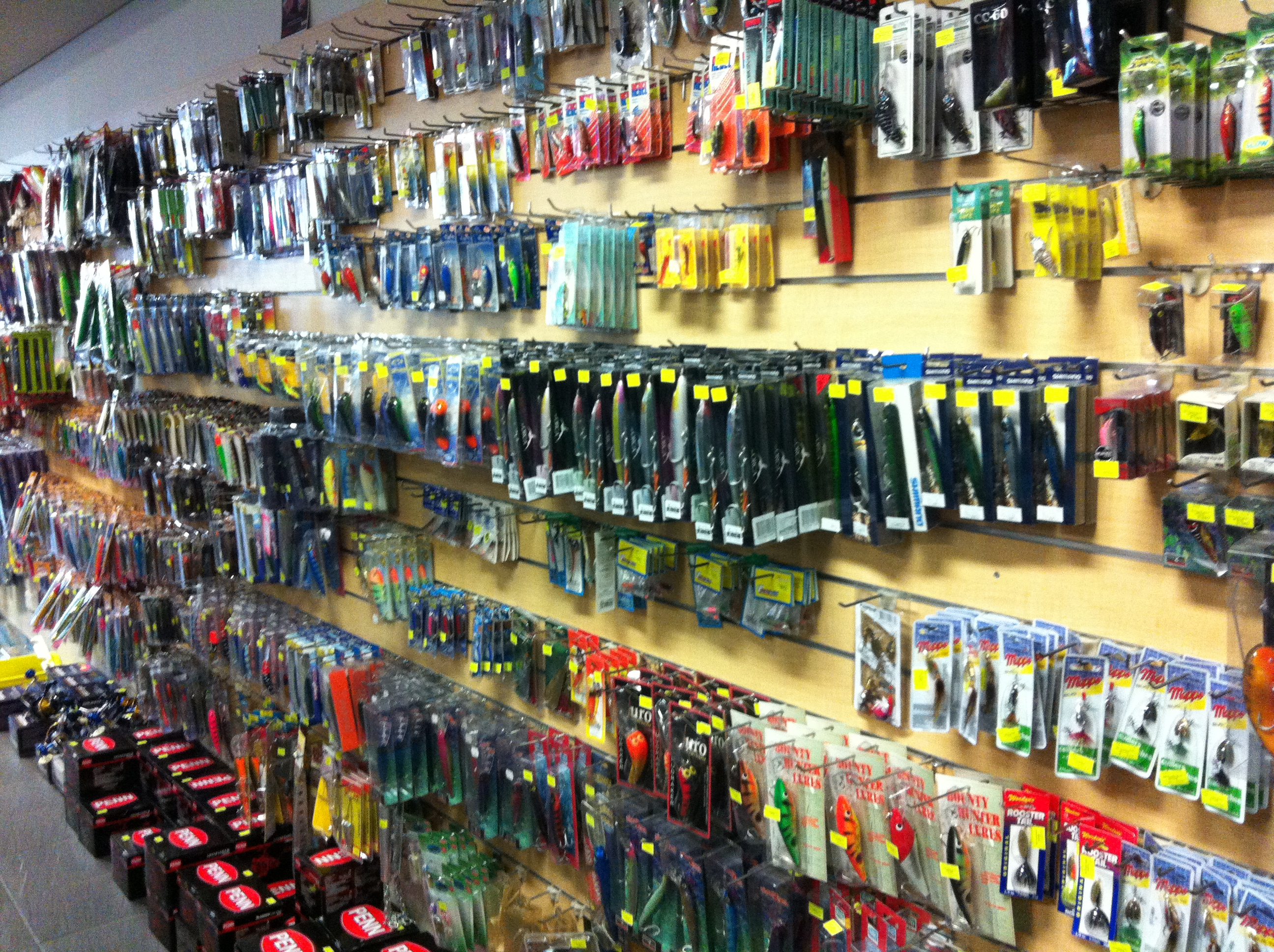 The novice wants a fishing life get hooked for Fishing gear store